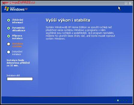 Obrázek:Instalace Windows v QEMU